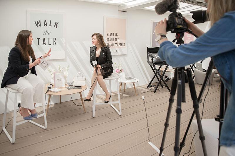 Lý Nhã Kỳ xuất hiện tự tin trong talk-show với tạp chí Pháp
