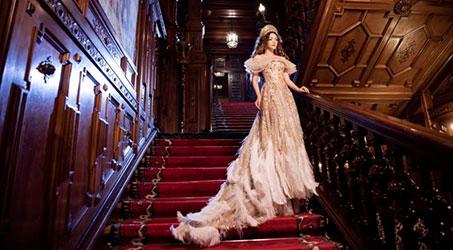 [Thời trang] Lý Nhã Kỳ kiêu sa với đầm mang phong cách hoàng gia