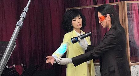 [Hình ảnh] Hậu trường một số cảnh quay của Mễ Tuyết trong phim Bằng chứng thép 4