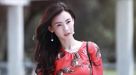 Trương Bá Chi tuyên bố sinh con thứ ba sau 7 năm ly hôn với Tạ Đình Phong