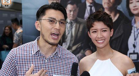 """Thái Tư Bối khoe lưng trần gợi cảm khi tuyên truyền bộ phim """"Cảnh sát thép"""""""